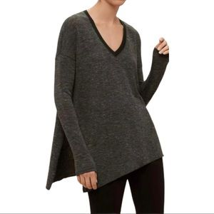 Aritzia Wilfred Sherbrooke V-Neck Pullover Sweater